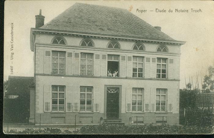 Villa Troch, later gemeentehuis van Asper
