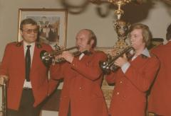 Fanfare op bezoek : Guy verkozen bij de Gemeenteverkiezingen 1982