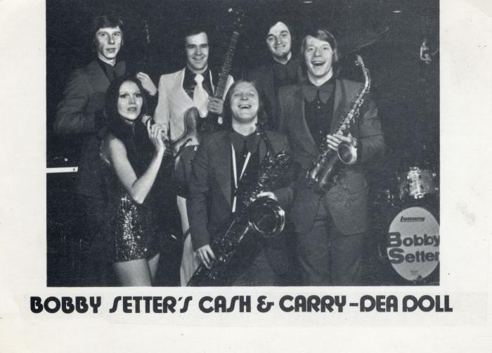 Bobby Setter, Cash & Carry en Dea Doll
