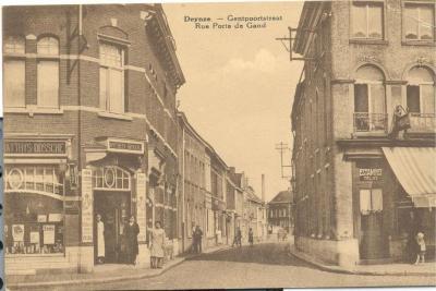 De Gentpoortstraat aan de zijde van de Markt