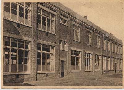 De jongenskostschool van Eke