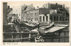 Zicht op de vernielde Tolpoortbrug