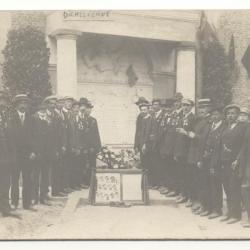 Versiering eredienst Franse soldaten 1919