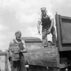 Steenbakkers aan het laden, Zevergem