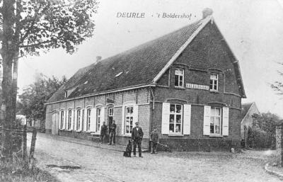 Boldershof, Deurle