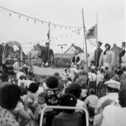 Huwelijksceremonie van de Pintse reuzen