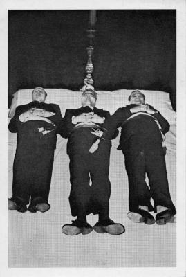 Humoristische uitvaart Eke, 1976