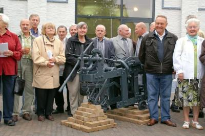 Groepsfoto steenbakkers expo te Gavere op 12.09.2010, met madelon