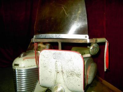 Vespa + Sidecar - zijspan Torck