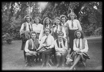 Groepsfoto KVLV-dames, 1946