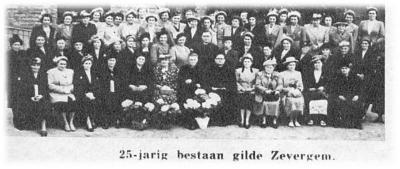 Viering van het 25-jarig bestaan van de Gilde Zevergem