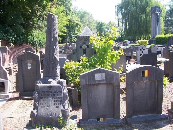 Oorlogsgraf van Georges Zoeter op kerkhof Eke