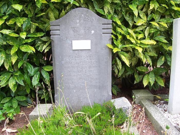 Oorlogsgraf van Maurice Joseph Caenepeel op kerkhof Nazareth