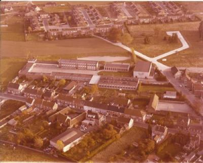 De gebouwen van het Technische Instituut Sint-Amandus
