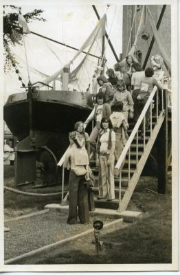 VKSJ Nazareth bezoekt de boot BOU 8 in Boekhoute