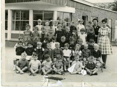 De kleutertjes van de Vrije Basisschool van De Pinte gaan op de foto