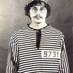 Satirische foto jeugdclub 9731
