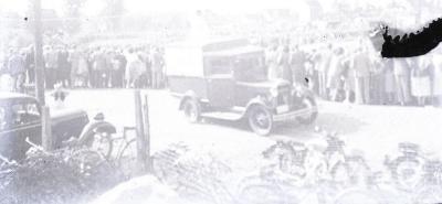 Eén van de eerste motorcrossen op Eke