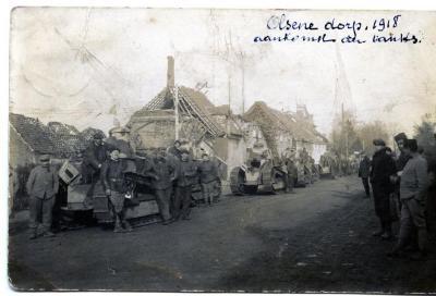 Franse tanks in Olsene Dorp