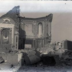 De afbraak van het koor van de oude Eekse kerk