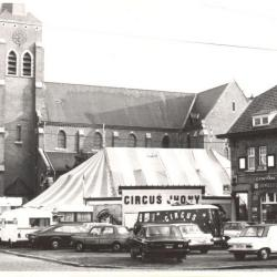 Circus Jhony in Olsene