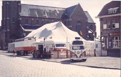 Het Wiener circus op het Olsens kerkplein