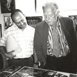 Oleg Popov bezoekt het circusarchief en kantmuseum te Olsene