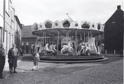 Carrousel op Machelen Gulde