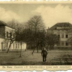 Het 'wezenhuis' van De Pinte