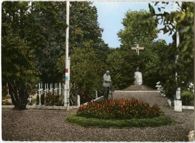 Op het Frans kerkhof van Machelen-aan-de-Leie