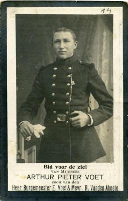 Het doodsprentje van soldaat Arthur Pieter Voet