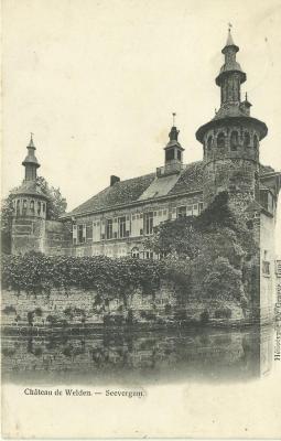 Het kasteel van Welden in zijaanzicht