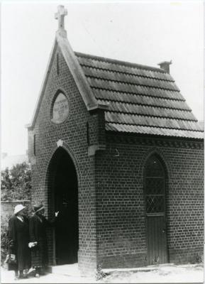 De kapel naast de Olsense parochiekerk