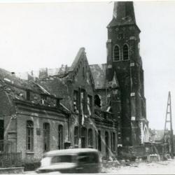 Het gebombardeerde gemeentehuis van Olsene