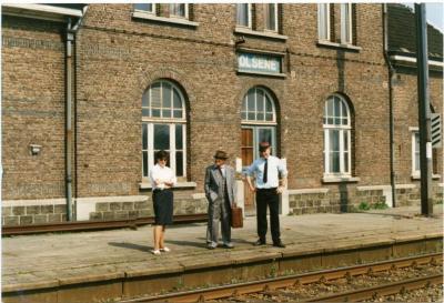 De laatste reiziger vertrekt in het station van Olsene