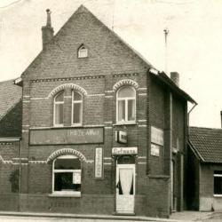 Café 'Den Hazewind' te Machelen-aan-Leie