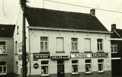Café De Statie