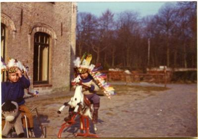 Achterkleinkinderen op bezoek in Sint-Martens-Latem