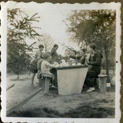 Gezellig picknicken in de tuin