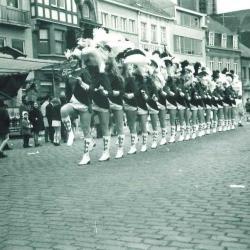 Majoretten in Canteclaerstoet, Deinze, 1970