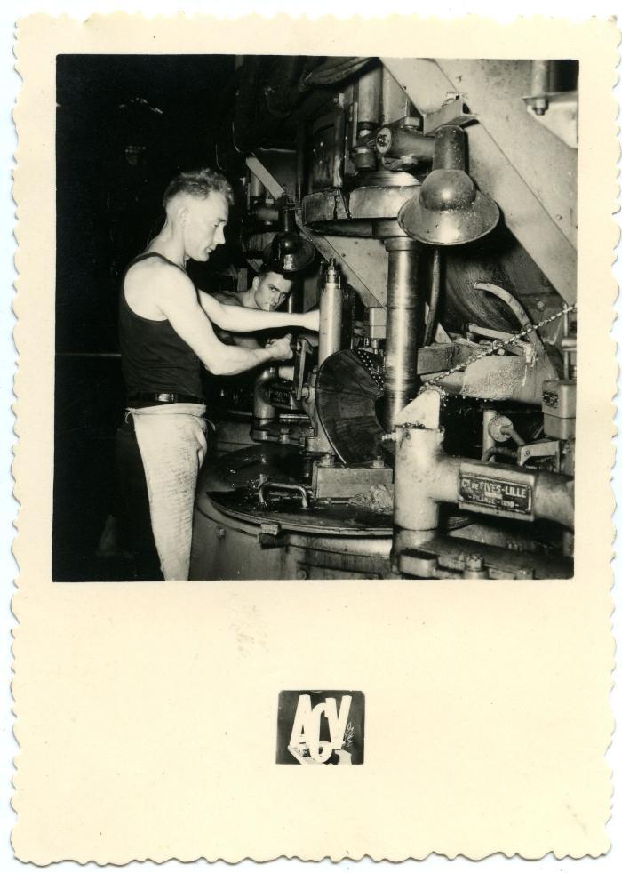 Vlaamse seizoensarbeiders aan de slag in de suikerfabriek van Boiry-Sainte-Rictrude (Fr.)