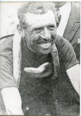 Een lachende Lucien Buysse