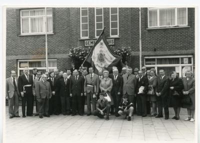 De 'Verenigde Vrienden' worden op het gemeentehuis van De Pinte ontvangen