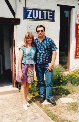 Marquis Pauwels bezoekt het circusarchief in Olsene met zijn echtgenote