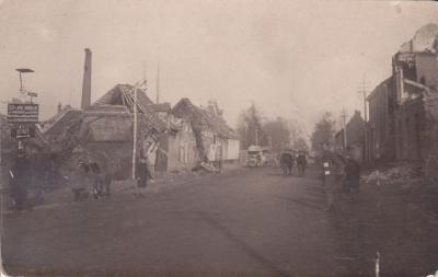 De Grote Steenweg te Olsene vlak na W.O.I