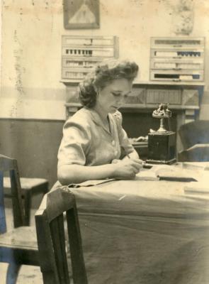 Memoriam Henriette Van Den Wijngaert